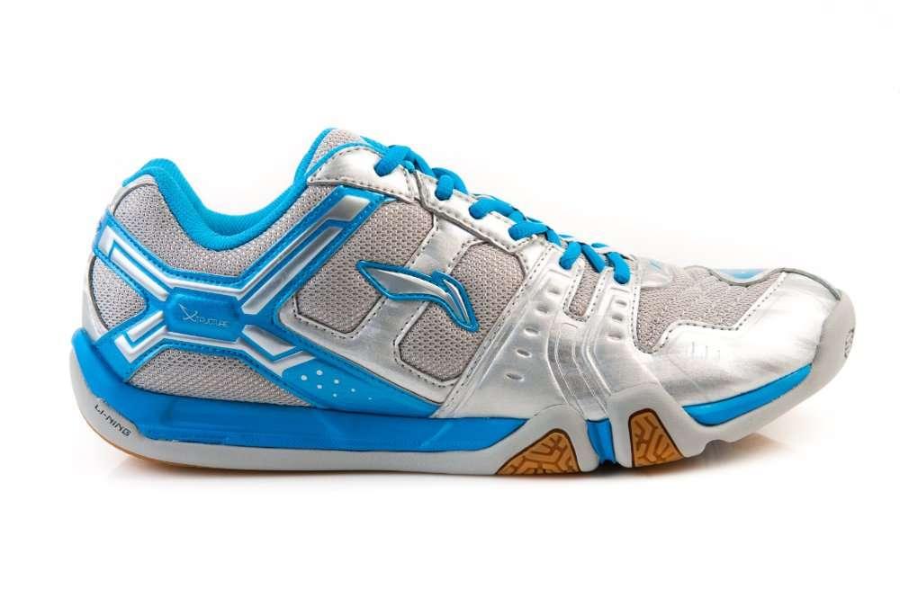Продаём мужские и женские кроссовки фирмы Li-Ning