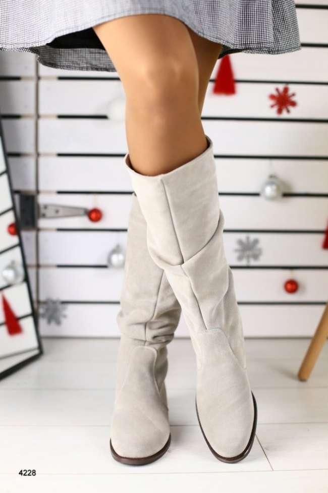 :Женские зимние сапоги