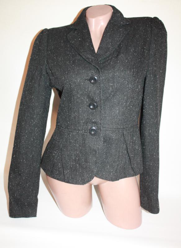 Пиджак из шерсти с баской