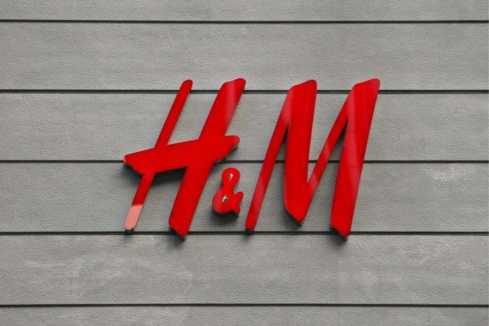 Работник на склад одежды H&M в Варшаву (Польша)