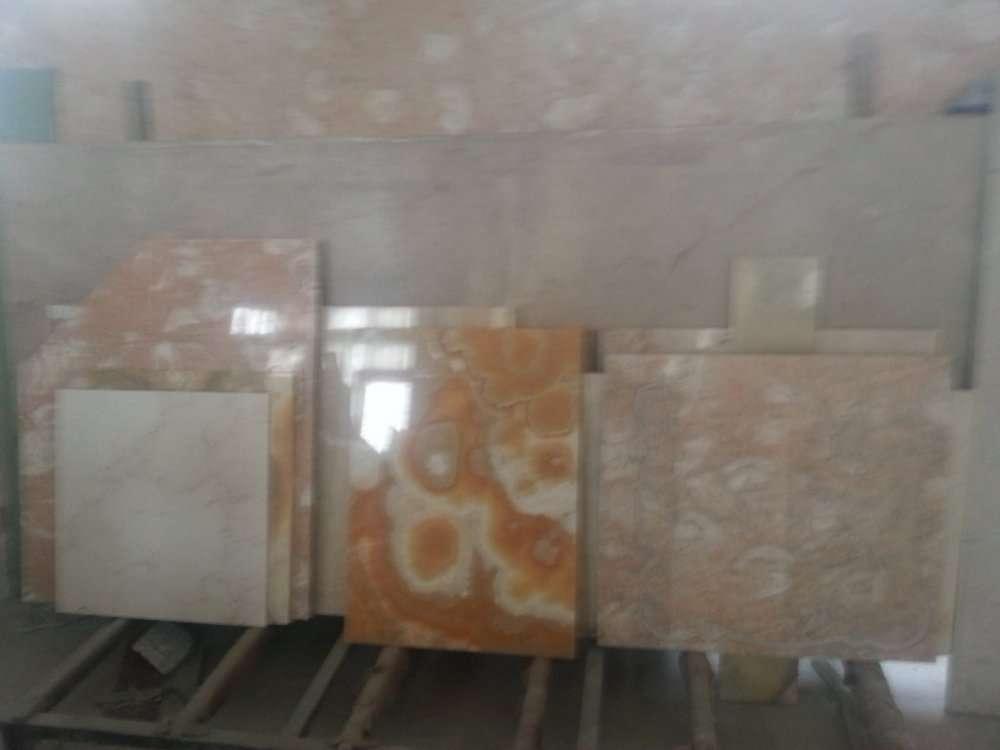 Мраморная плитка и слябы со склада больше 2500 кв. м. , цены снижены