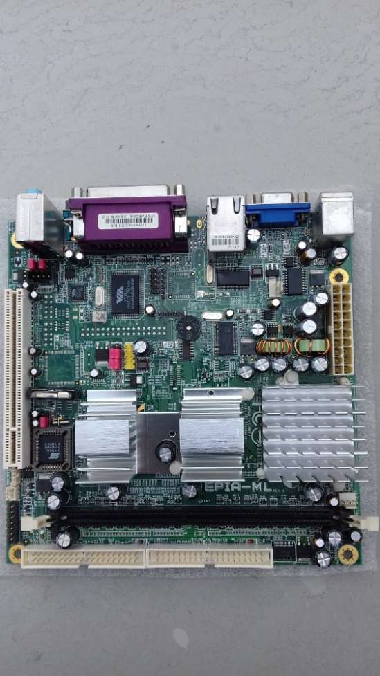 Материнская плата EPIA-ML mini-ITX