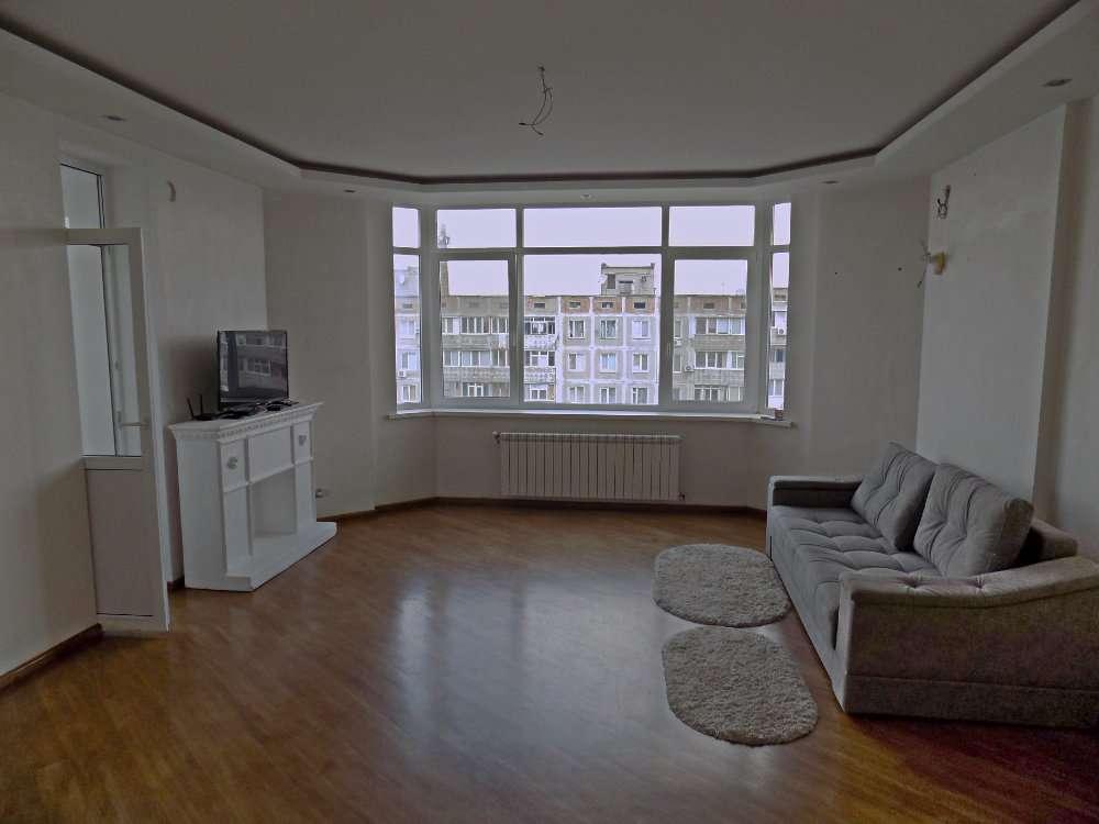 Продается крупногабаритная 2-х комнатная квартира в Соляных Новострой,