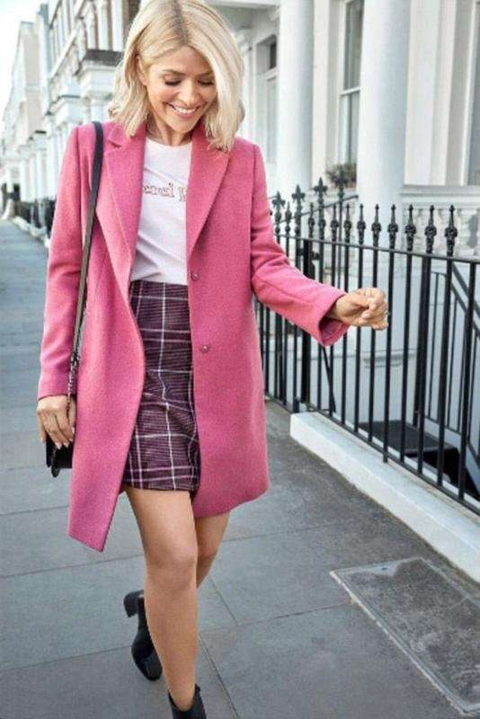 Розовое пальто бойфренд F&F