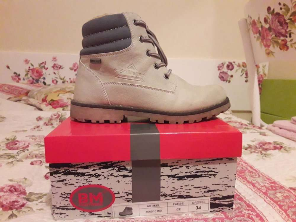 осенне зимние ботинки на девочку р,34 BM Footwear.