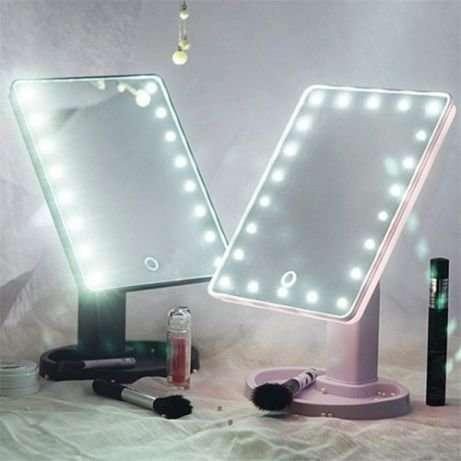 Зеркало для макияжа Magic Makeup Mirror с LED-подсветкой.