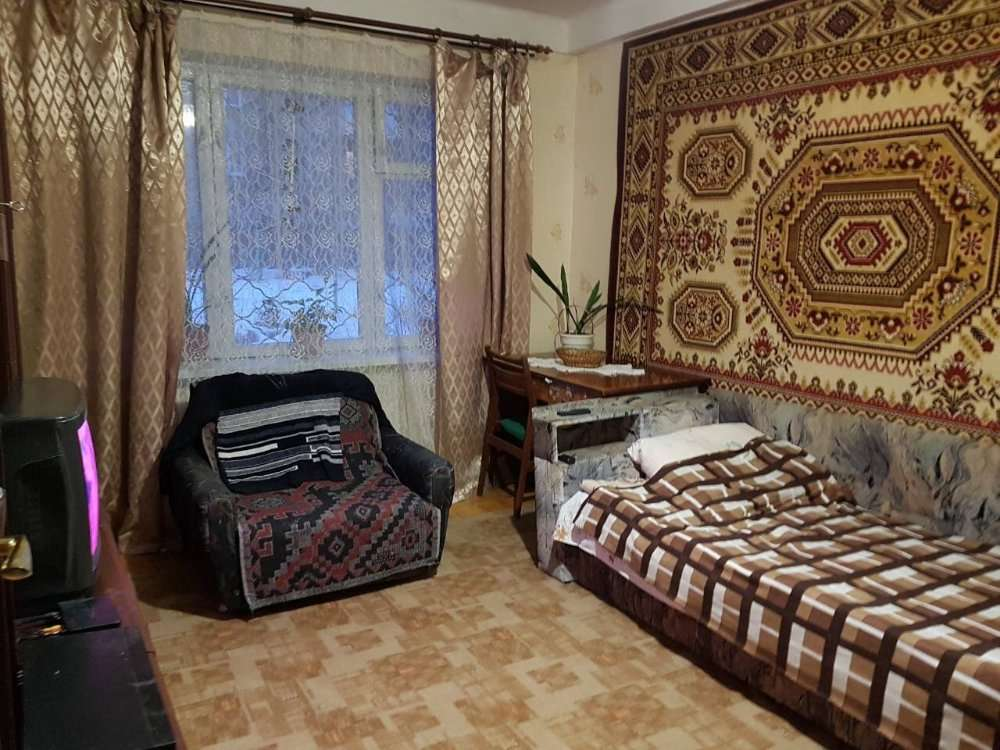 Ломоносова 31, комната без хозяев метро Васильковская