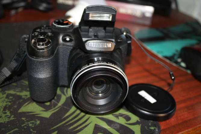 FUJIFILM S2950 фотоаппарат супер зум х18