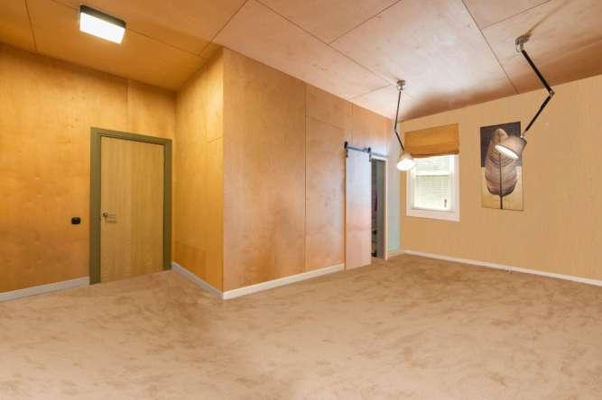 Продается прекрасный офис в стиле лофт с нереальным панорамным видов
