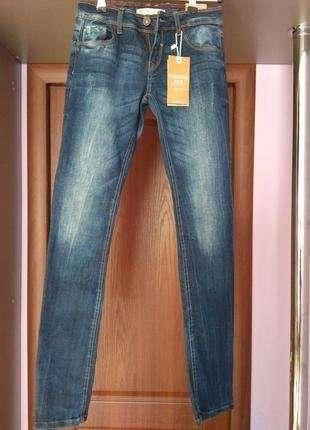 Нові (з етикеткою) підліткові джинси-скінні (Bershka) Іспанія, р.34