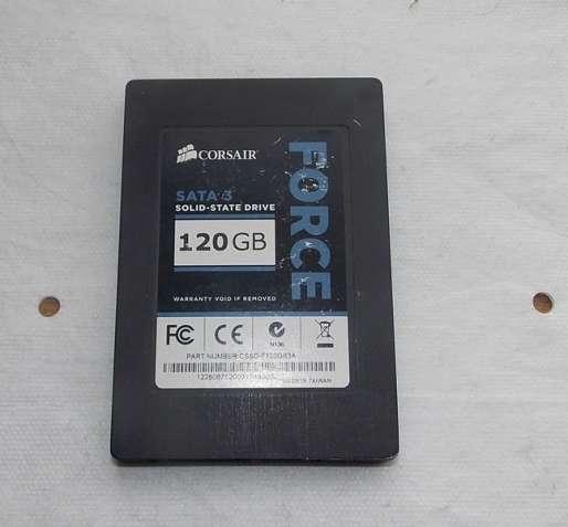 SSD диск Corsair 120GB 2.5