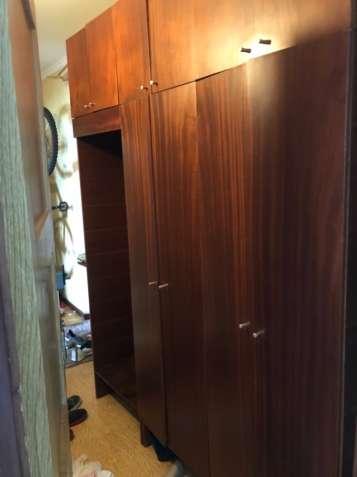 Вся секция шкафов для коридора, прихожей. Мебель. плюс бонус две тумбо