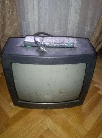 Телевизор JVC 14 TE