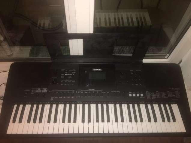 Новый синтезатор  Yamaha E453