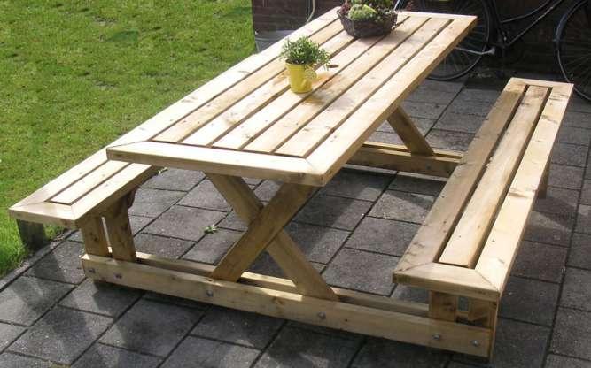 Комплект мебели для дачи. Садовый набор из дерева
