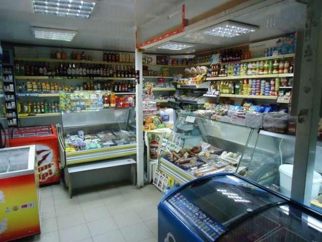 Кагарлык. Действующий продуктовый магазин.