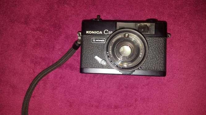 Продам плёночный фотоаппарат Konica C 35