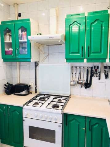 Продам трехкомнатную квартиру на пр Кирова (Поля)