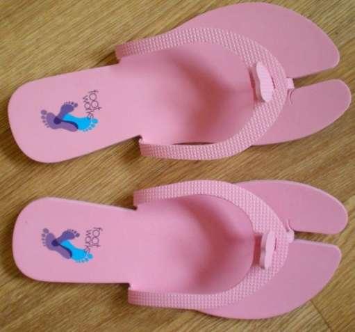 Обувь для педикюрных процедур Avon 25799