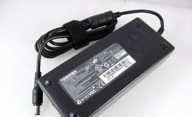 Блок питания Toshiba 120W PA3290E-1ACA 19V, 6.32A, разъем 6.3/3.0