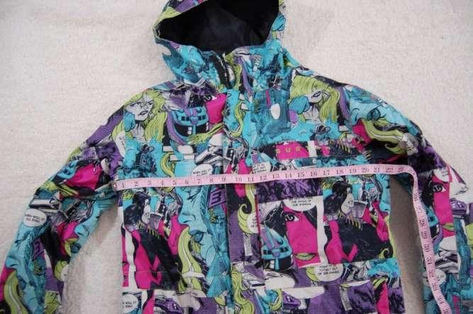 Сноубордическая курточка BURTON M