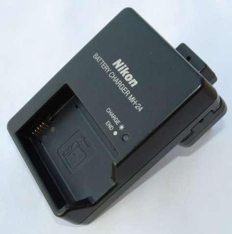Зарядное устройство Nikon MH-24 (артикул VEA006EA) . Оригинал.