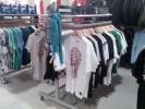 Продам оборудование (торговая мебель б/у) в магазин одежды title=