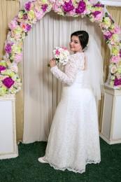 Весільна сукня великого розміру
