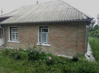 Продам дом в с.Квитневое(Жовтневое title=