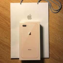 NEW Apple 8/8 Plus 64GB 256 T-Mobile Gold title=
