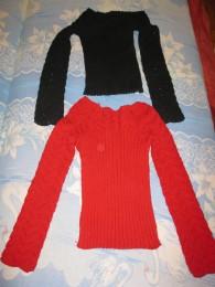 Свитер, кофта черная и красная, 30 грн за каждый title=