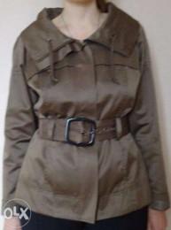 Стильный короткий плащ (куртка) р. 36-RESERVED-новый
