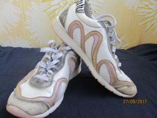 Кожаные кроссовки twins,туфли ,ботинки на девочку.35р. title=