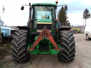 Трактор John Deere 6910 title=