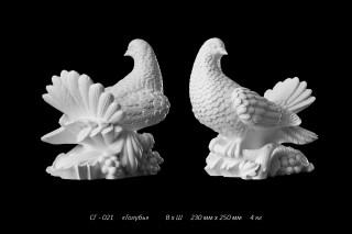 Скульптура голубей