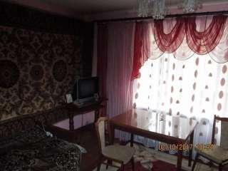 Продам 3-кімнатну квартиру в м Красилів. title=