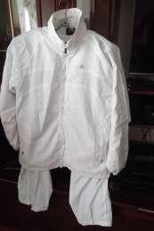 Продам белые новые спортивные костюмы унисекс adidas title=