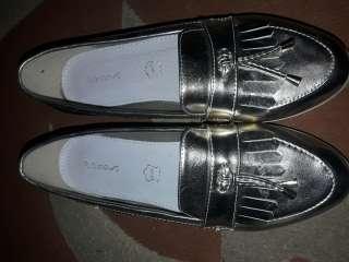 Круті туфлі на тракторній підошві модний колір title=