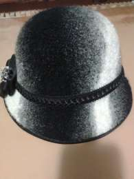 Симпатичная шляпка title=