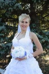 Продам свадебное платье. Недорого title=