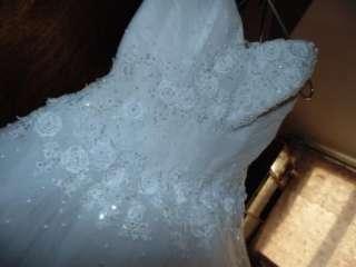 Продам весільне плаття title=