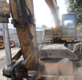 Продаем колесный экскаватор Caterpillar M315, 0,9 м3, 2001 г.в.  title=