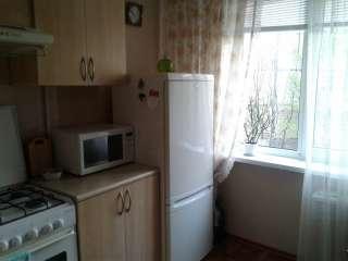 Продам 3-комнатную квартиру на Мирном title=