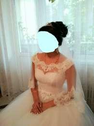 Продам весiльню сукню title=