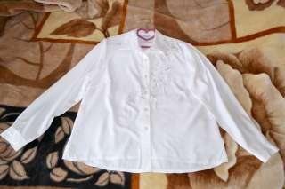 Блуза белая нарядная title=