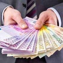 Пропозицію кредиту грошей між зокрема Мартініка title=
