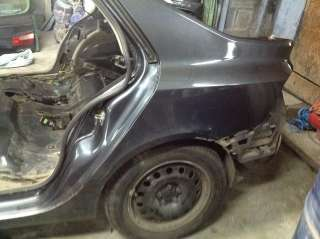 задняя левая четверть Renault Laguna 2,Рено Лагуна
