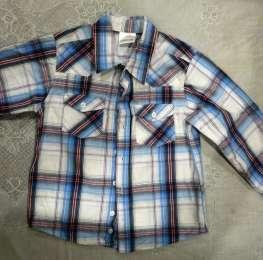 Пакет рубашек  6 штук для мальчика 4-6 лет доставка в подарок title=