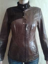 Кожаная куртка 36-38 размер title=