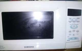Микроволновая печь Samsung CE2738NR title=